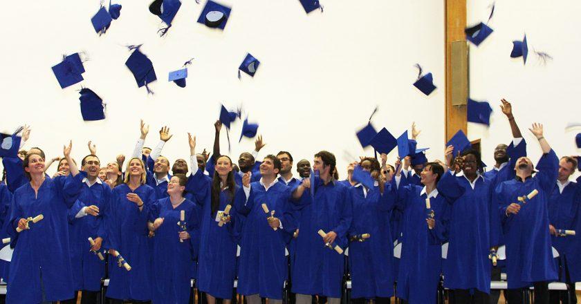 les femmes de plus en plus diplômées